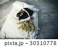 花ある暮らし 女性ポートレート 30310778