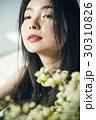 花ある暮らし 女性ポートレート 30310826