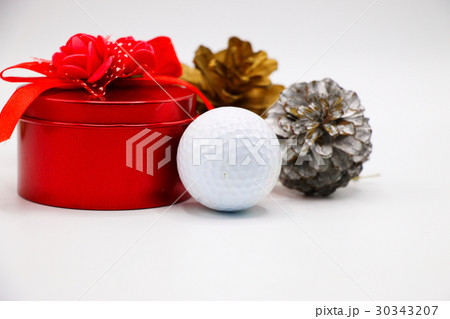 Golf ball  Pine cone with red gift box on white の写真素材 [30343207] - PIXTA