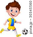 サッカー 少年 マンガのイラスト 30345560