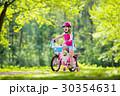 自転車 子 子供の写真 30354631