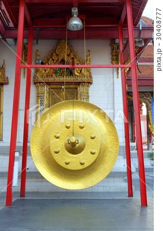 Huge Golden Gong.の写真素材 [30408777] - PIXTA