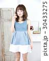 若い女性 ファッション ポートレート 30433275