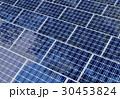 ソーラーパネル 太陽電池パネル 太陽光パネルのイラスト 30453824