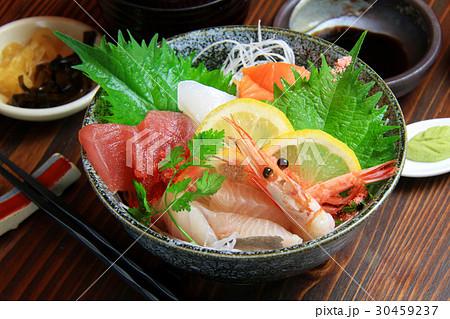 海鮮丼 30459237
