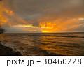 ハワイの夕日、海に沈む夕日、夕焼け、夕日、夕暮れ、 30460228
