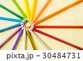 えんぴつ 円 カラフルの写真 30484731