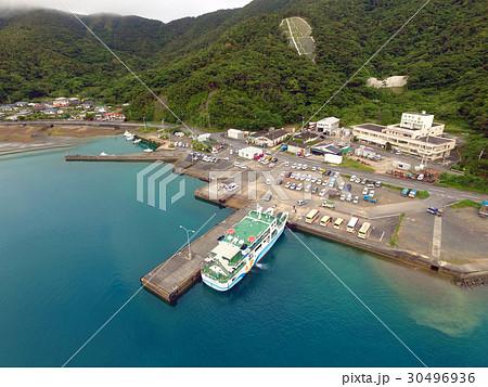 空撮の加計呂麻島 瀬相港 30496936