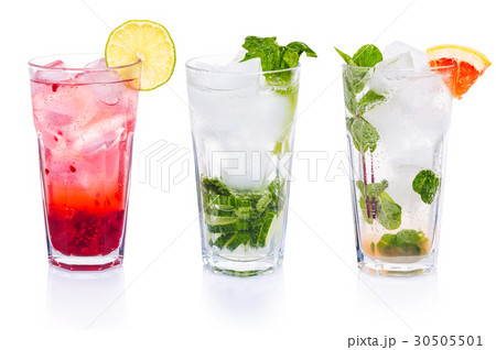 Set of cocktails with gin tonicの写真素材 [30505501] - PIXTA