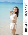 女性 水着 若いの写真 30528904
