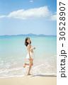 女性 水着 若いの写真 30528907