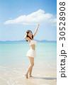 女性 水着 若いの写真 30528908