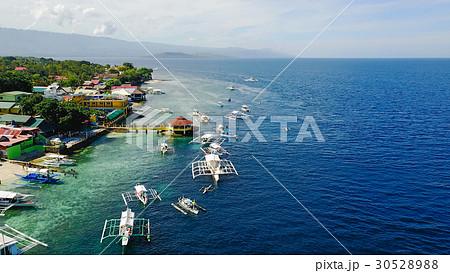 Aerial view of sandy beach beautiful clear sea. 30528988