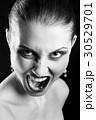 叫び 叫ぶ 悲鳴の写真 30529701