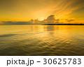 ビーチ 浜辺 背景の写真 30625783