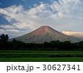 初秋の富士 30627341