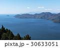 賤ケ岳山頂部より見下ろす北琵琶湖と竹生島方面 30633051