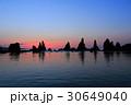 橋杭岩 海 奇岩の写真 30649040