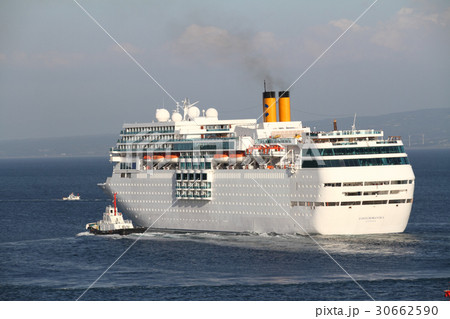 クルーズ船 コスタ・ネオロマンチカ 30662590