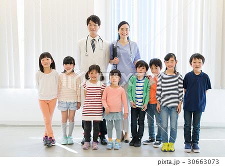 健康診断 小学生 検査 医療 イメージ 30663073