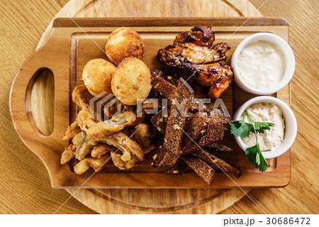 appetizer in the barの写真素材 [30686472] - PIXTA