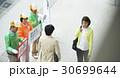 シニアボランティア 路上でのマナー喚起 30699644