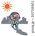 熱中症のシニア男性 30738901