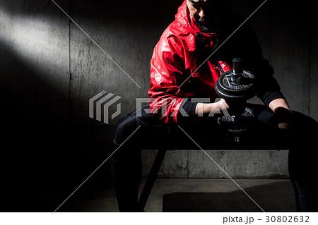 筋力トレーニング 30802632