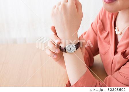 ファッション 女性 30803602