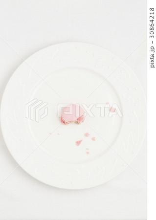 お菓子 マカロン 食べ物 30864218