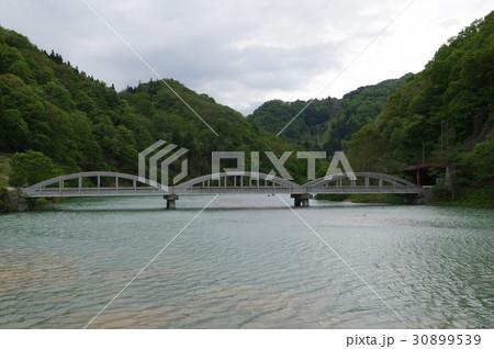 信州 小谷村の姫川橋 昭和12年建造のRCローゼ橋 戦時下の鋼材不足に対応 土木遺産指定 30899539