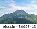 由布岳 春 新緑の写真 30993413