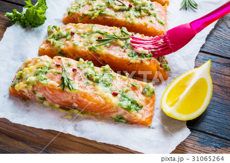 A process of salmon cooking 31065264