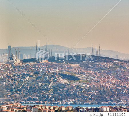 Asian part of Istanbul, the Uskudar shore, the 31111192