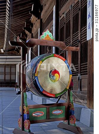 国楽器 法鼓 伝統の写真素材 [31166977] - PIXTA
