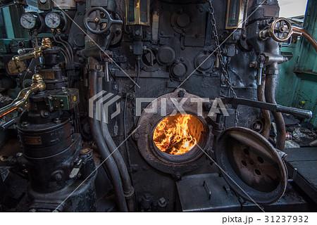 蒸気機関車 機関室 31237932
