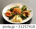 前菜 コース料理 くらげの写真 31257416
