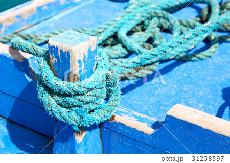 a rope in  yacht accessory  boatの写真素材 [31258597] - PIXTA