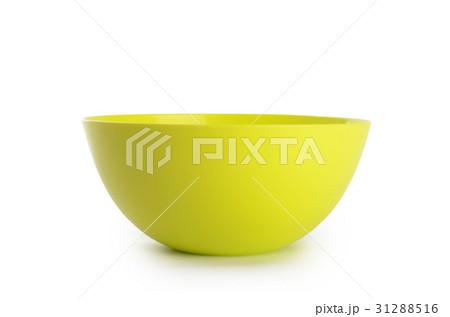 Plastic colorful plates isolated on whiteの写真素材 [31288516] - PIXTA