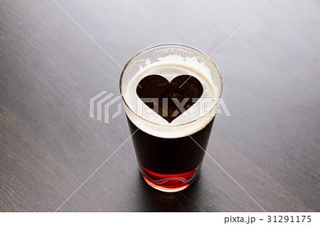 Loving fresh beerの写真素材 [31291175] - PIXTA