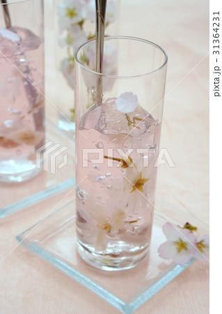 桜ゼリーの写真素材 [31364231] - PIXTA