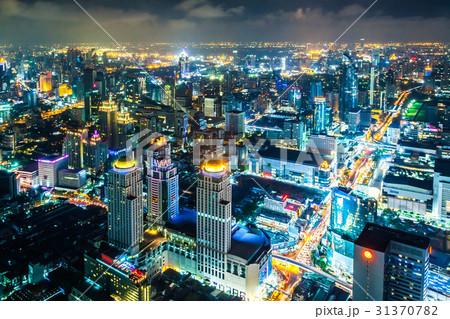 タイの首都バンコクのビル群の夜景 31370782