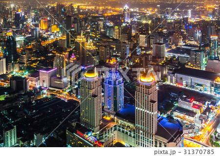 タイの首都バンコクのビル群の夜景 31370785