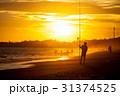 ビーチ 浜辺 人影の写真 31374525