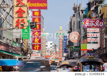 タイの首都バンコクのチャイナタウン(ヤワラート通り) 31406034