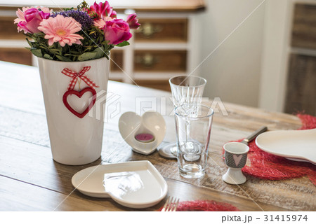 Valentines day dinner setting romantic love forの写真素材 [31415974] - PIXTA