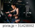 運動 スポーツジム トレーニングの写真 31428002