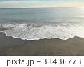 稲村ケ崎の冬の砂浜 夕景 31436773