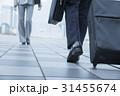 足元 ビジネスマン 歩くの写真 31455674