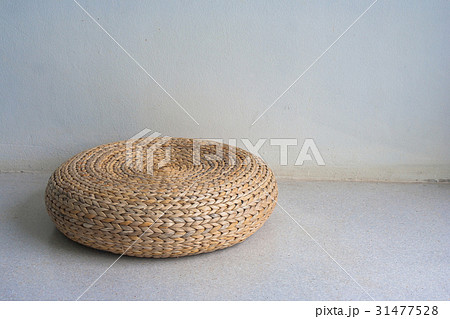 Round brown wicker chair in vintage style.の写真素材 [31477528] - PIXTA